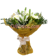 Bouquet of white lilies and roses